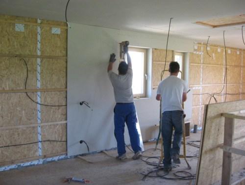 Installation paroi intérieure maison passive