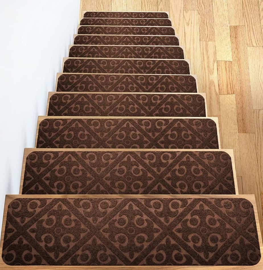 Add Different And Elegant Touch To Your House A Carpet Stair | Carpet For Wooden Stairs | Search And Rescue | Bedroom | Carpeted Stair Railing Wooden Floor | Transition | Beautiful