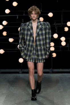 BLINDNESS SS19 Runway Image (12)
