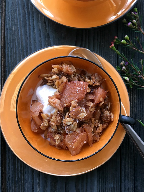 Apple Crisp is easy to make in your slow cooker, sweet and cinnamon flavored with tart Granny Smith apples and old fashioned oats.