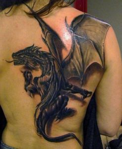 Source: http://gallery.asiantown.net/v/txb2/Awesome-3D-tattoo