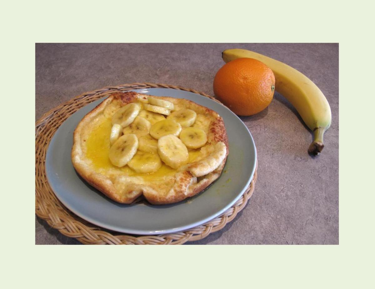 German Banana-Orange Pancakes