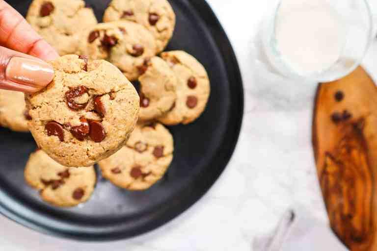 Vegan chocolate chip cookies homemade