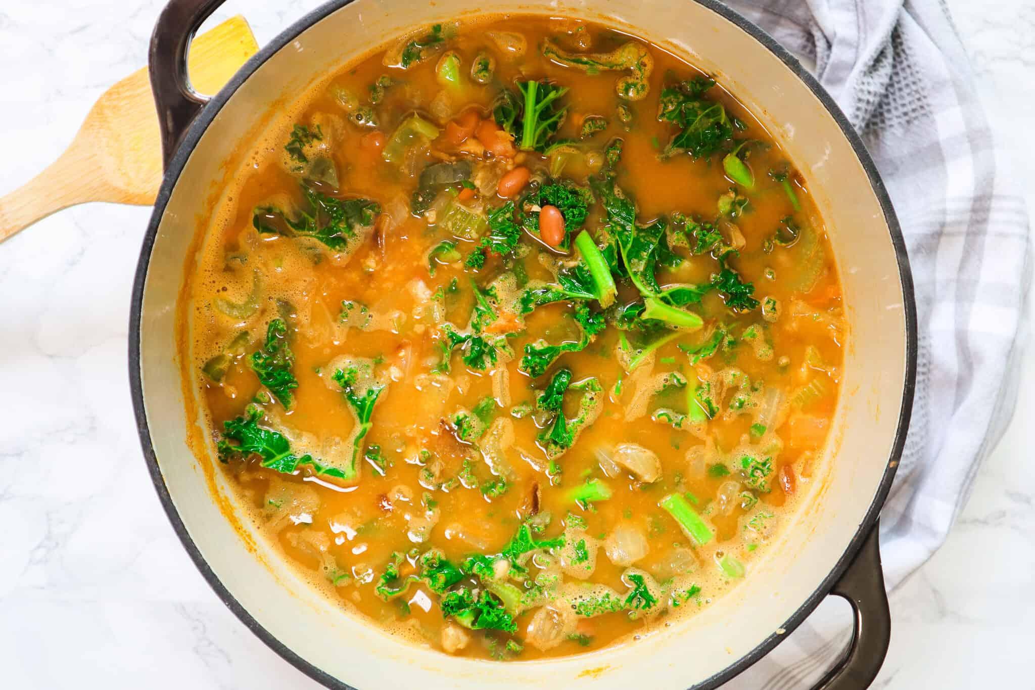 white bean kale soup cooking