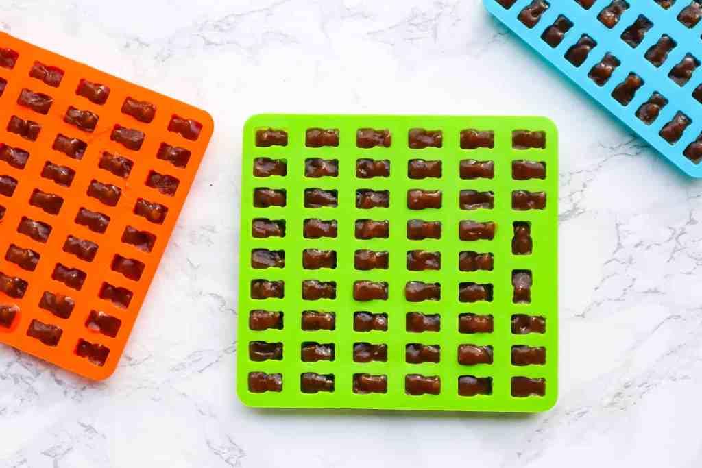 Vegan Elderberry gummies recipe gummies in silicone mold to set