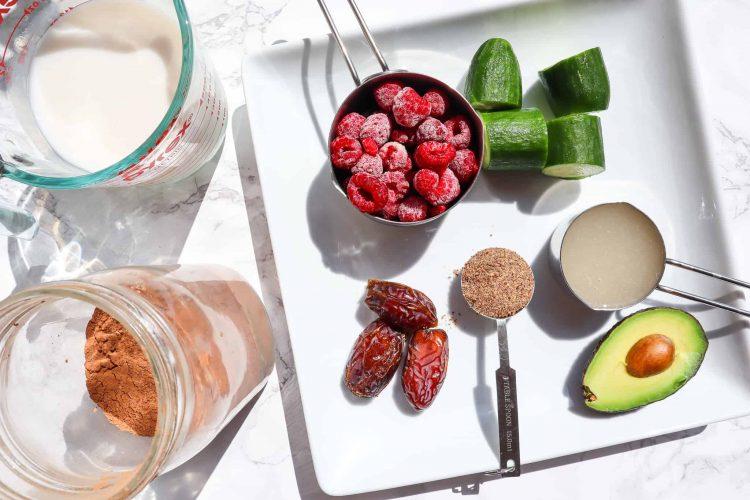 Chocolate Raspberry Smoothie Ingredients