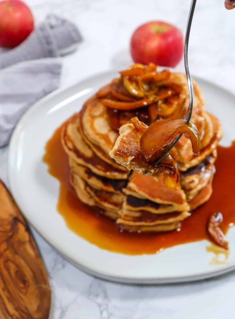delicious apple cinnamon pancakes with caramelized apple topping-2