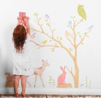 Huize-Pippemuis-Love-Mae-muurstickers-muurstickers-voor-de-kinder-kamer-Inke-Heiland-behangbomen-lifestyle-voor-de-kinderkamer-GoodGirlsCompany