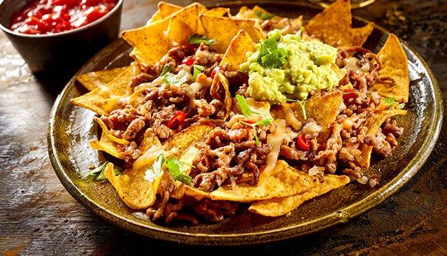 receta de nachos con queso carne deshebrada - Receta de Nachos con Carne Deshebrada | Mexicana
