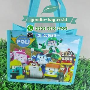 tas ulang tahun robocar Poli