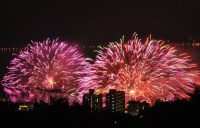 諏訪湖花火大会の当日券の発売場所と間に合う時間の電車は!