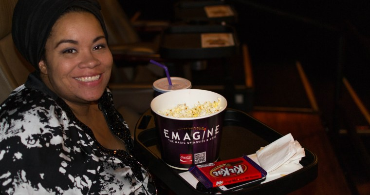 Now You Can Enjoy Dinner While Watching a Movie with Dine 'N' View