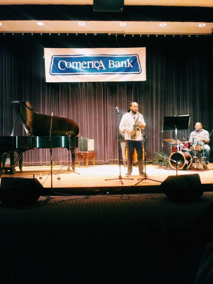 Mike Monford Trio