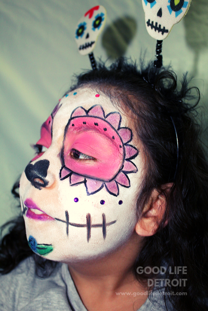 DIY sugar skull makeup idea