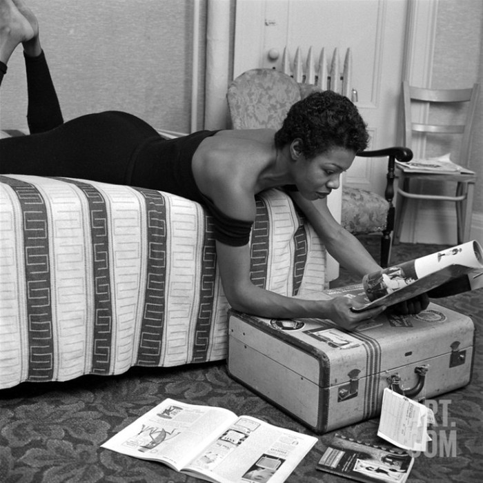 Maya Angelou | 54 Must-Read African American Books