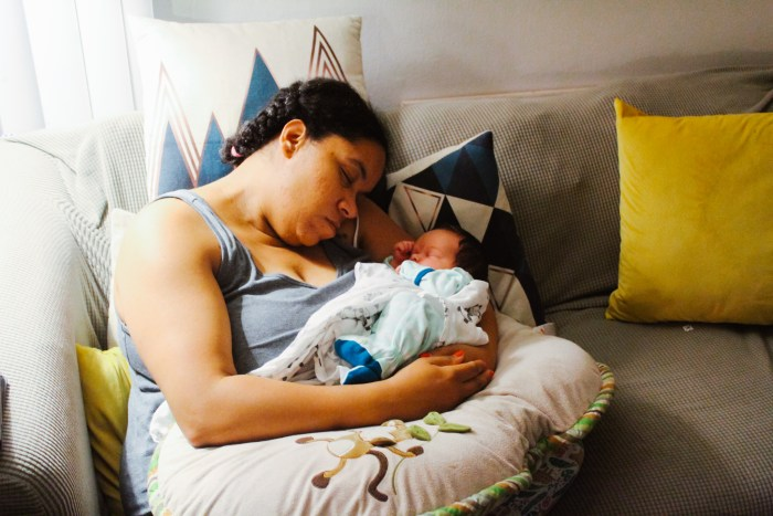 Newborn Life: How I'm Surviving the Newborn Stage