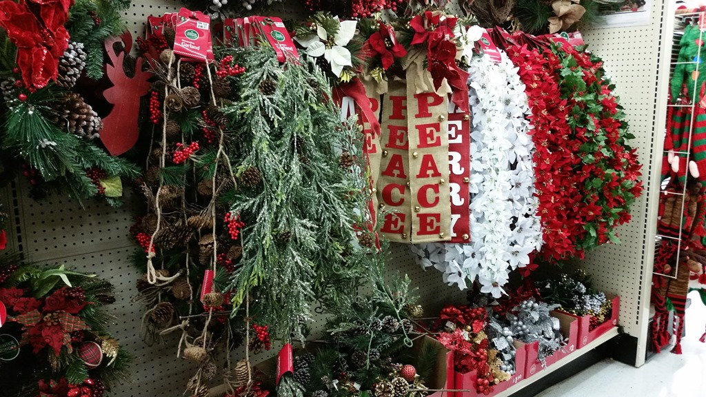 Big Lots Christmas.Big Lots Holiday Decorations Good Morning Loretta