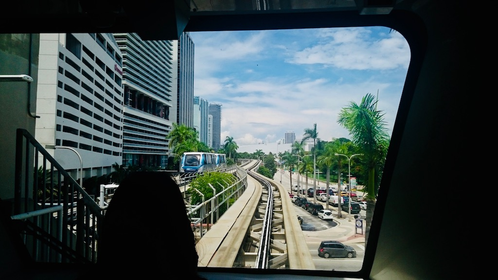 circuit_usa_incontounable_conseil_astuce_blog_voyage_Miami_metromover
