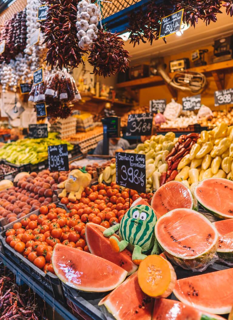 Attracties in Boedapest Grote Markthal Hongarije