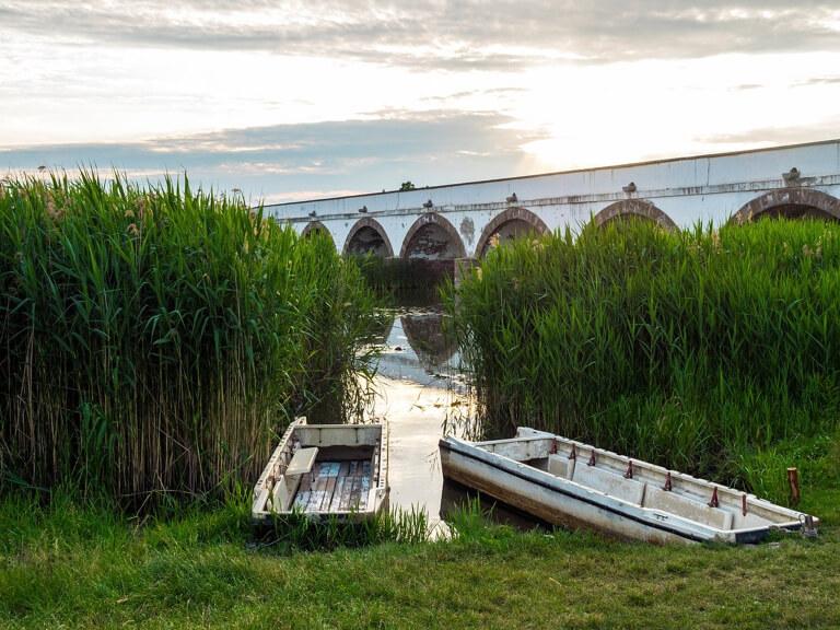 Hongarije Puszta Hortobagyi brug met negen bogen