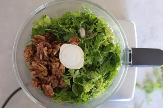 walnut parsley pesto - 1 (2)