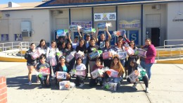 VHS AVID students who received new shoes.
