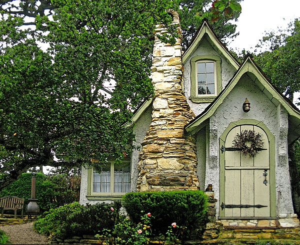 Storybook-Cottage-Homes-10