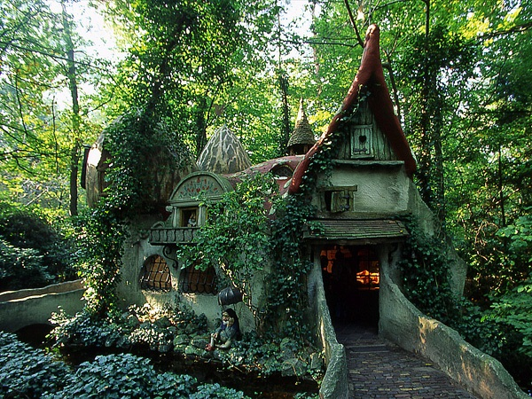 Storybook-Cottage-Homes-7
