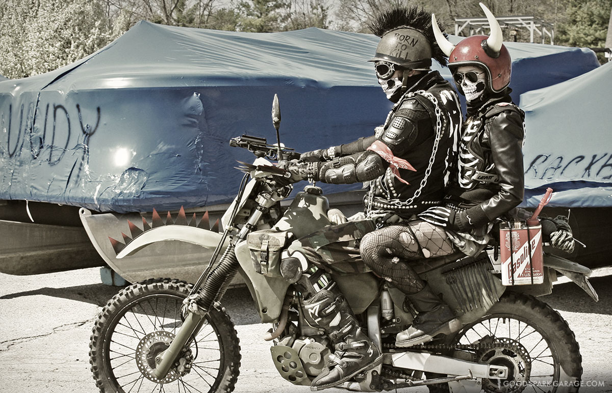 """Képtalálat a következőre: """"mad max motorcycle"""""""
