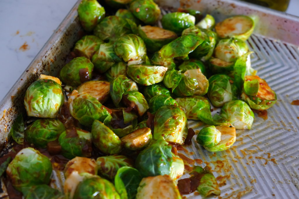 Spicy Brussels sprouts Lunch bowl