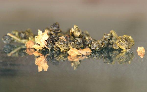 Улун с цветками померанцевого дерева
