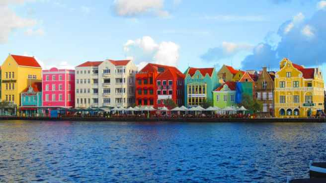 Curacao tourism and the sharing economy