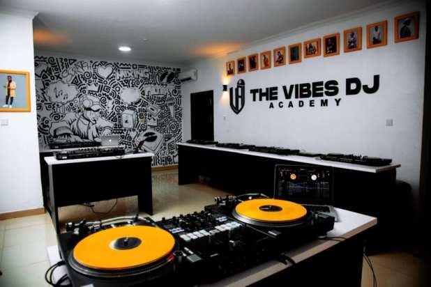 Dj Consequence - The Vibes DJ Academy