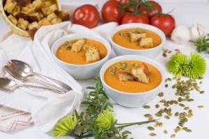 Vegan Creamy Roasted Tomato Soup