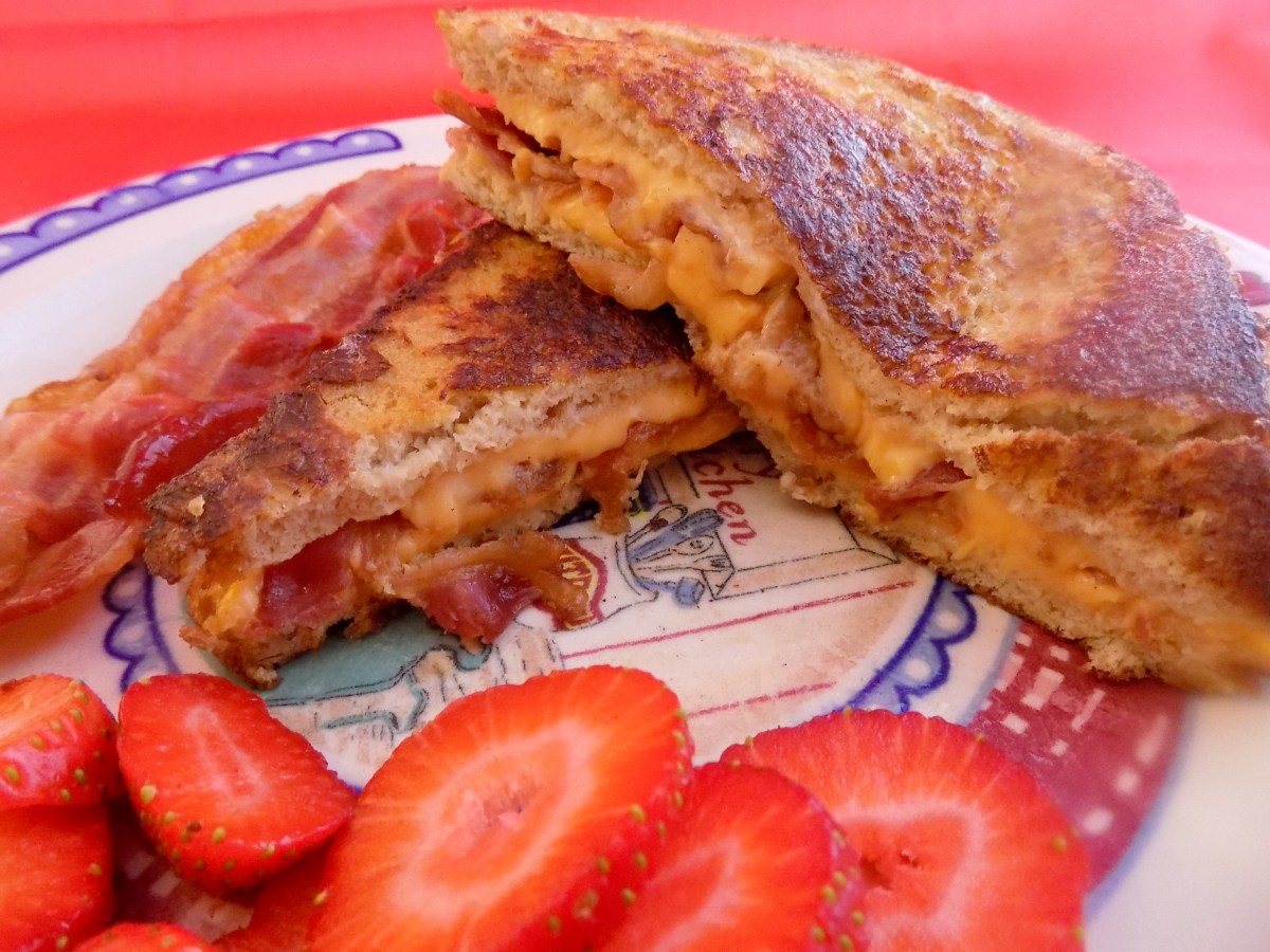 Bacon and Cheese Stuffed French Toast