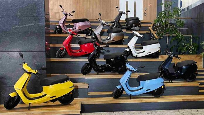 Ola S1 electric scooter launched in India: Top 5 options you can check out