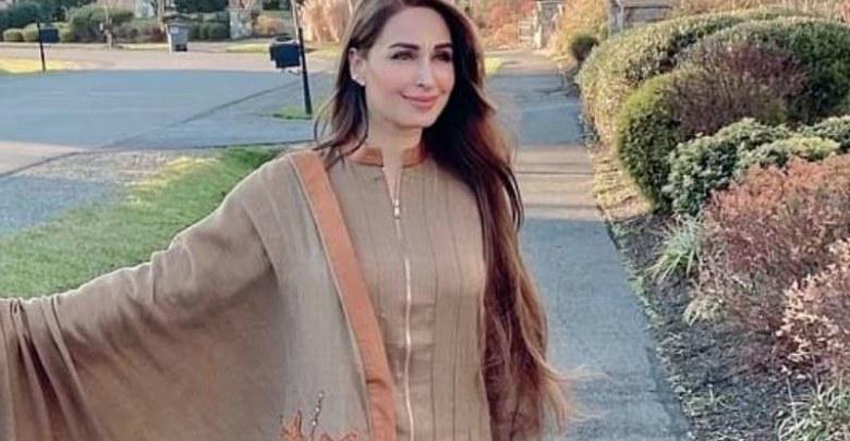 ریما خان کورونا ویکسین لگوانے والی پہلی پاکستانی اداکارہ