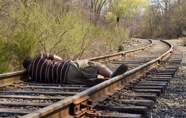 Unknown man fell asleep on the tracks, trains delayed