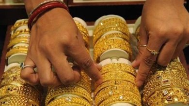 An increase of Rs. 1550 per tola of gold