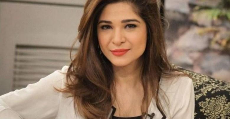 عائشہ عمر کی سوشل میڈیا صارفین کو وارننگ