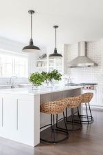 40 Best Modern Farmhouse Kitchen Decor Ideas And Design Trend In 2019 (22)