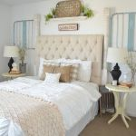 50 Awesome Farmhouse Bedroom Decor Ideas And Remodel (6)