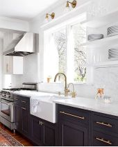 50 Beautiful Farmhouse Kitchen Sink Design Ideas And Decor (18)