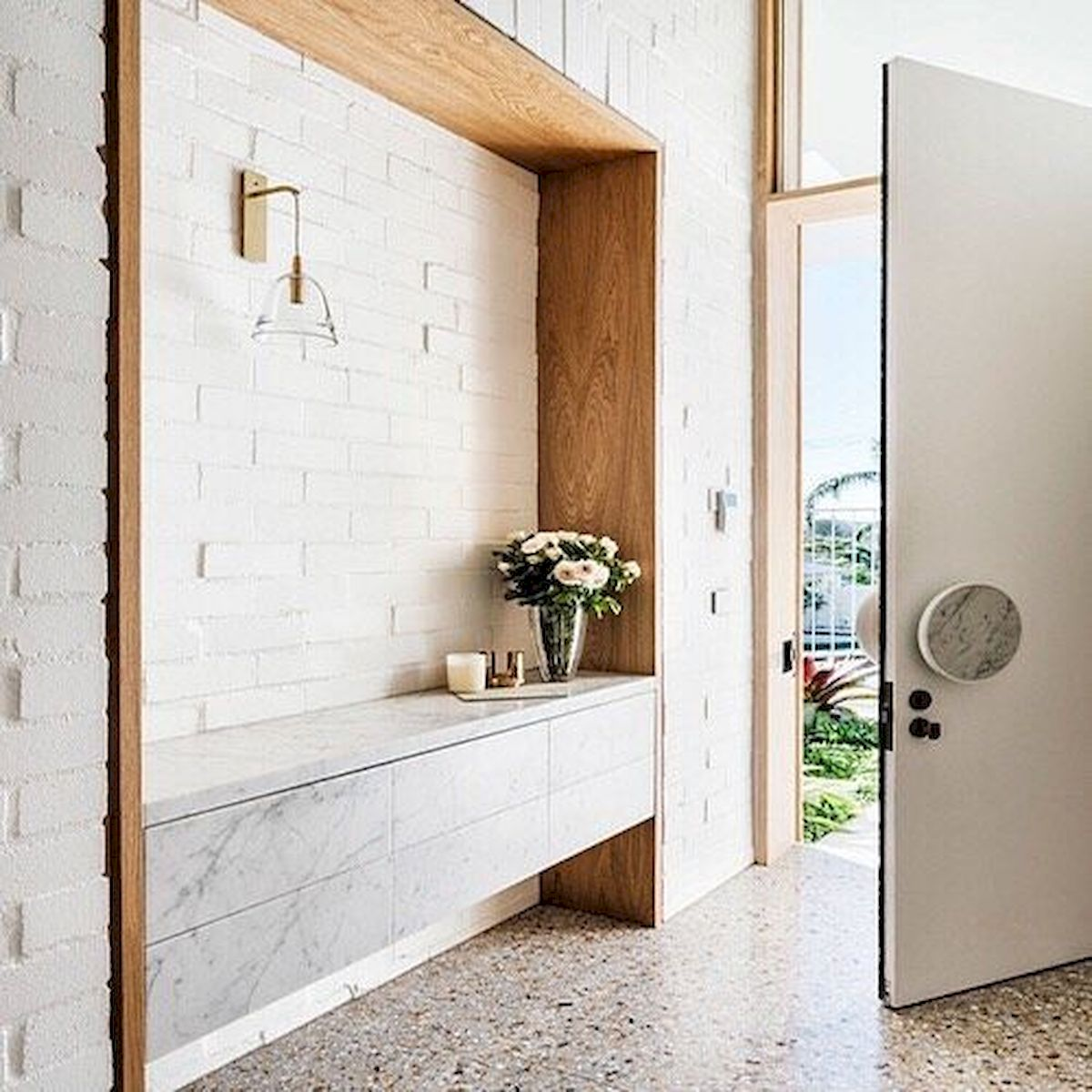 50 Best Farmhouse Entryway Design Ideas You Must Try In 2019 (2)