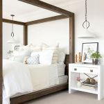 50 Modern Farmhouse Bedroom Decor Ideas Makes You Dream Beautiful In 2019 (23)
