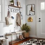 50 Stunning Farmhouse Mudroom Decor Ideas And Remodel (1)