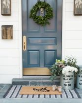 70 Beautiful Farmhouse Front Door Design Ideas And Decor (58)