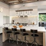 77 Best Farmhouse Kitchen Decor Ideas And Remodel (35)