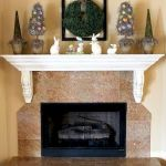 37 Beautiful Easter Fireplace Mantle Ideas (31)