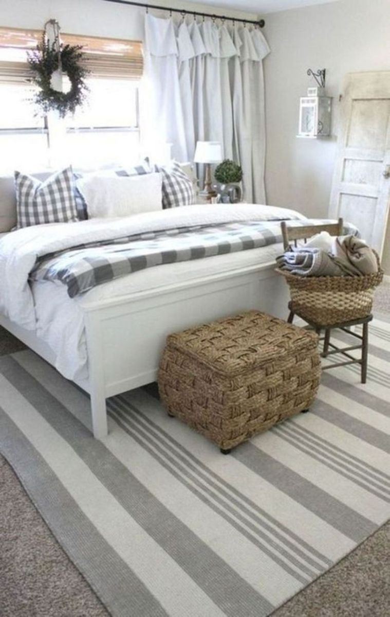 47 Most Popular Bedding for Farmhouse Bedroom Design Ideas and Decor (17)